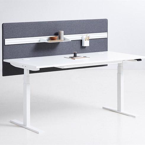 Holmris B8 Q20 hæve sænkebord i hvid laminat